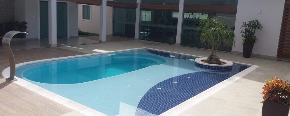 Você sabe o que é uma piscina com prainha?