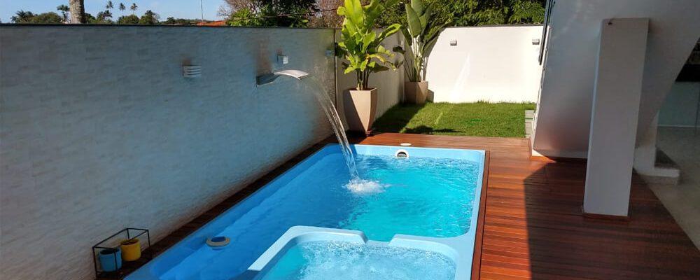 4 motivos para você investir em uma piscina com hidromassagens